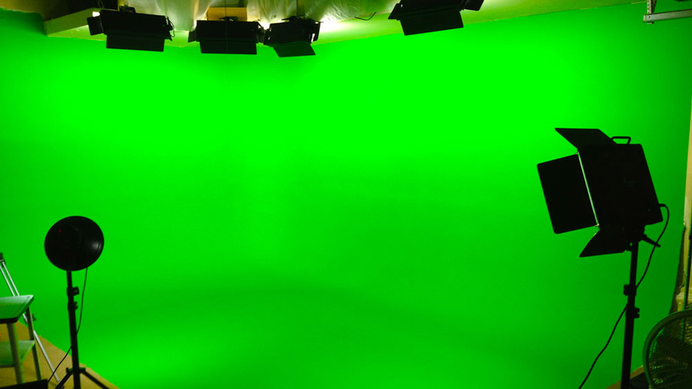 The Keys To Chromakey: How To Use A Green Screen - Videomaker