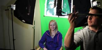 Setting Up Lights For A Green Screen Shot
