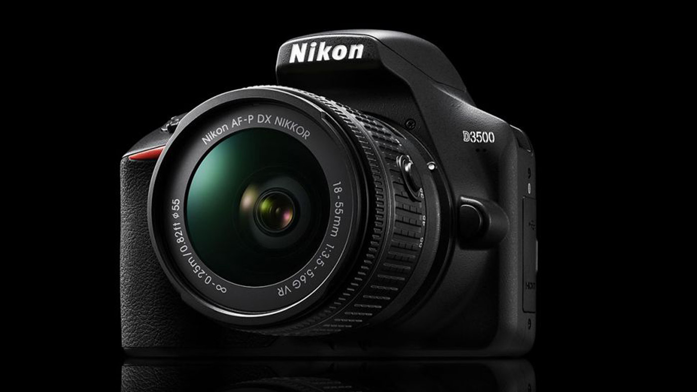 Nikon's D3500 DSLR Wants to Be Kind to Beginning