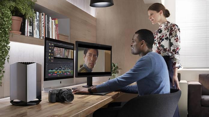 Computer running with Blackmagic's eGPU Pro