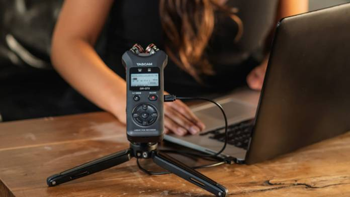 Tascam DR-40X in use