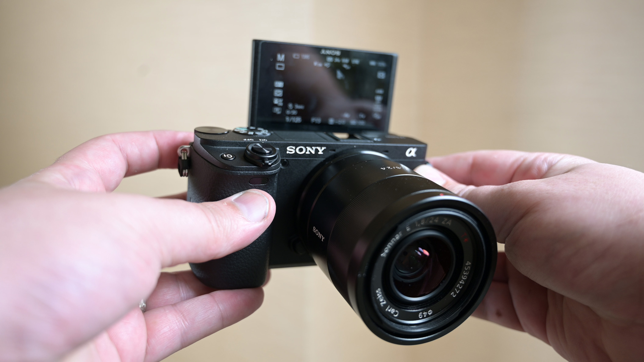 Sony a6400 hands-on review: Sony ditches record limit and