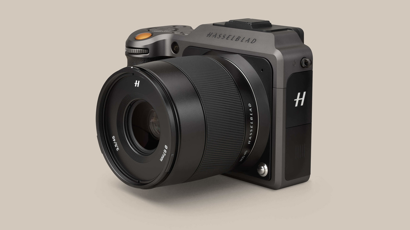 Hasselblad X1D II mirrorless camera is faster, cheaper than