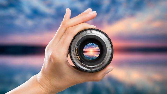Rafael G. González-Acuña's discovery will lead to sharper and cheaper lenses