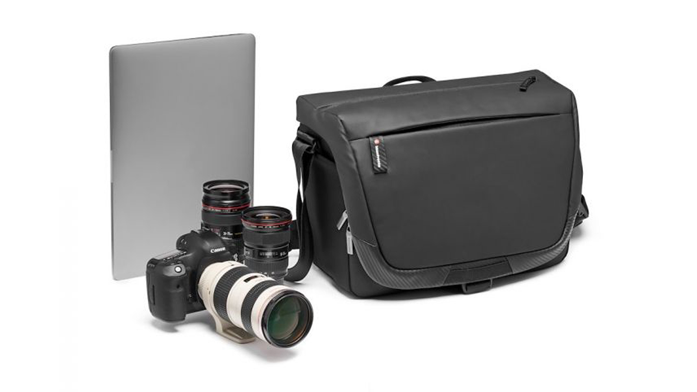 Advanced² Camera Messenger is the best designer camera bag