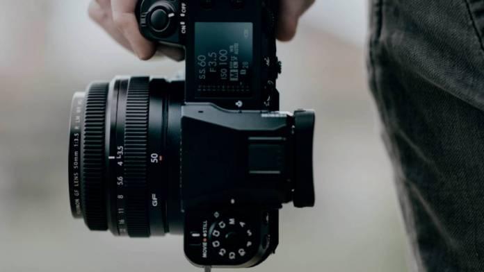 Fujifilm announces the GFX100S