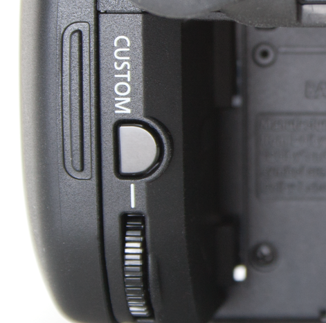 Canon Vixia HF G20 closeup of the custom button and wheel