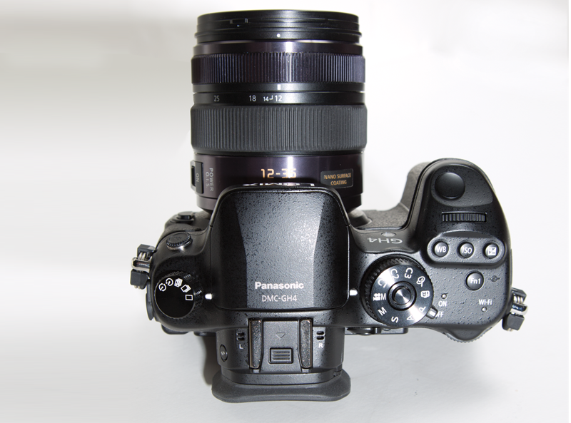 Photo of top view of Panasonic LUMIX DMC-GH4