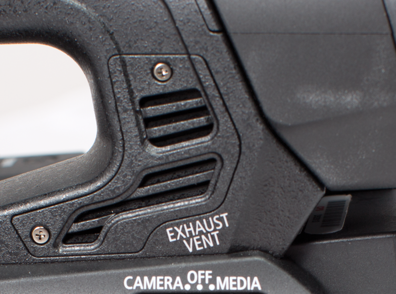 Photo showing Canon XF205's rotatable handgrip