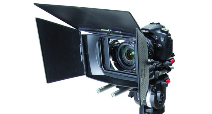 Sachtler Ace Accessories Set, ready for action