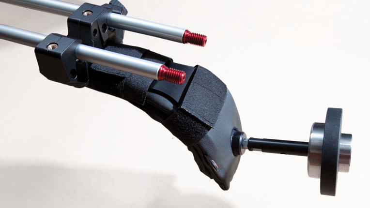 Manfrotto Sympla shoulder pad with counterweight