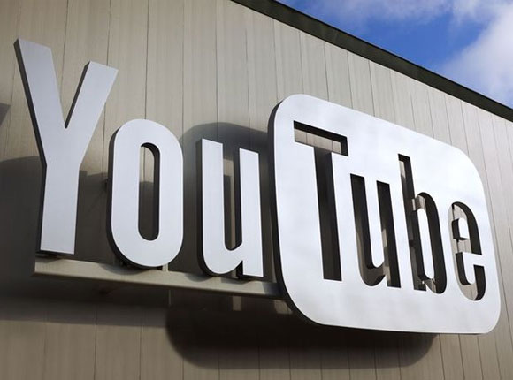 The most successful stars of YouTube work hard to build channels for their serial programs.