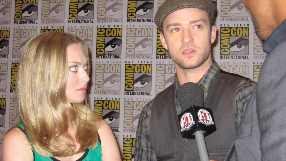 """A stick mic with """"flag"""" used in the interview of Justin Timberlake and Amanda Seyfried, San Diego Comic Con – Photo by Patty Mooney"""