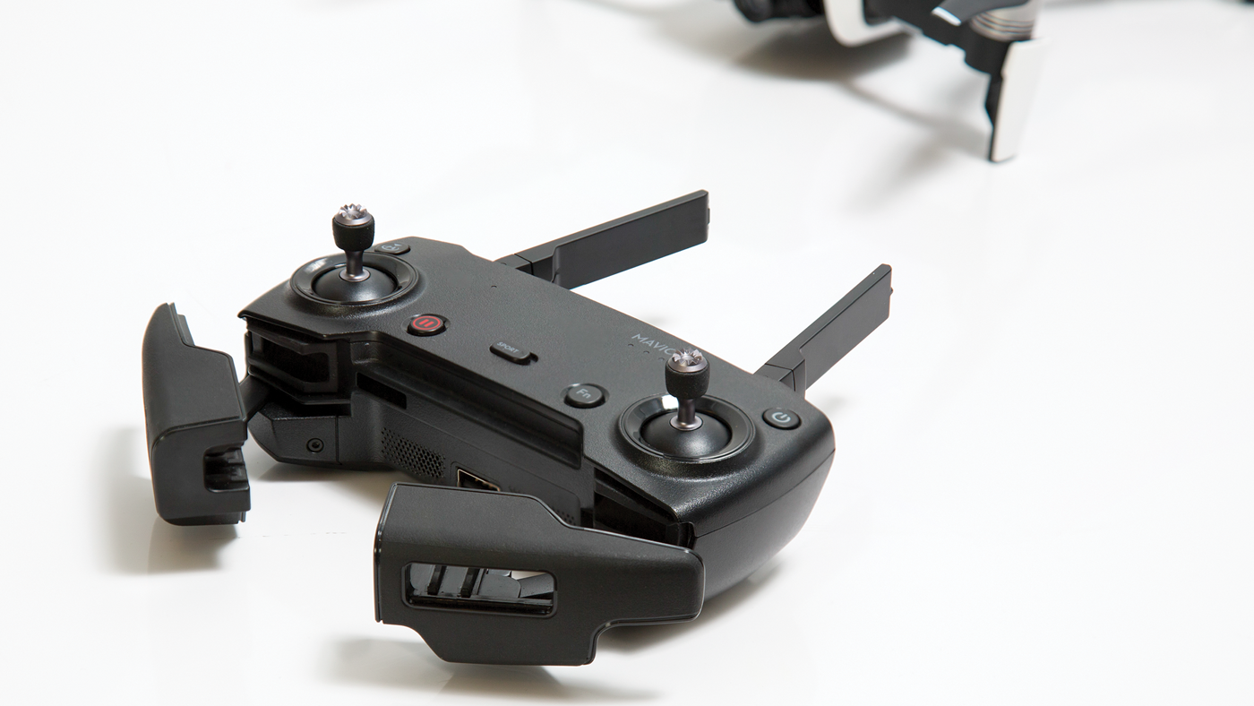 Controller with integrated phone mount