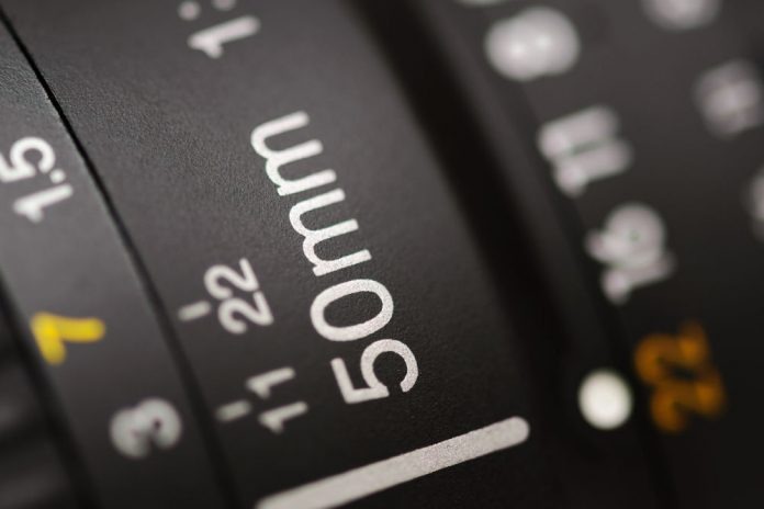 Cose-up of 50mm lens